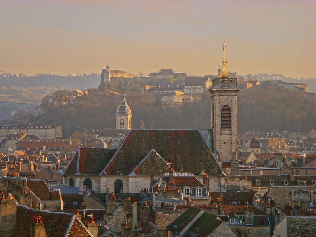 Города Франции, где есть работа и доступное жилье — рейтинг.