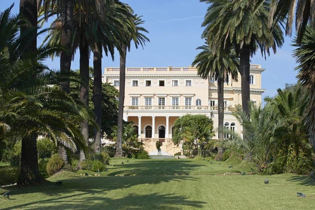 Самое дорогое поместье в мире, Les Cèdres во Франции, наконец-то продали.