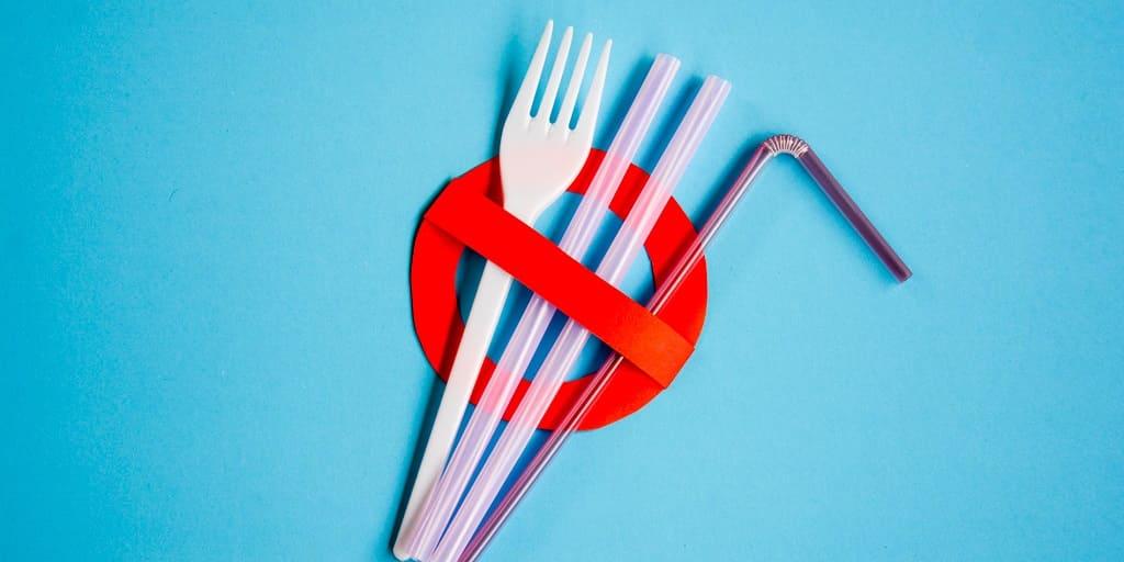 запрет на пластиковую посуду во Франции